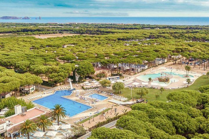 Camping Cypsela Resort Camping 5 Estrellas En La Costa Brava En España