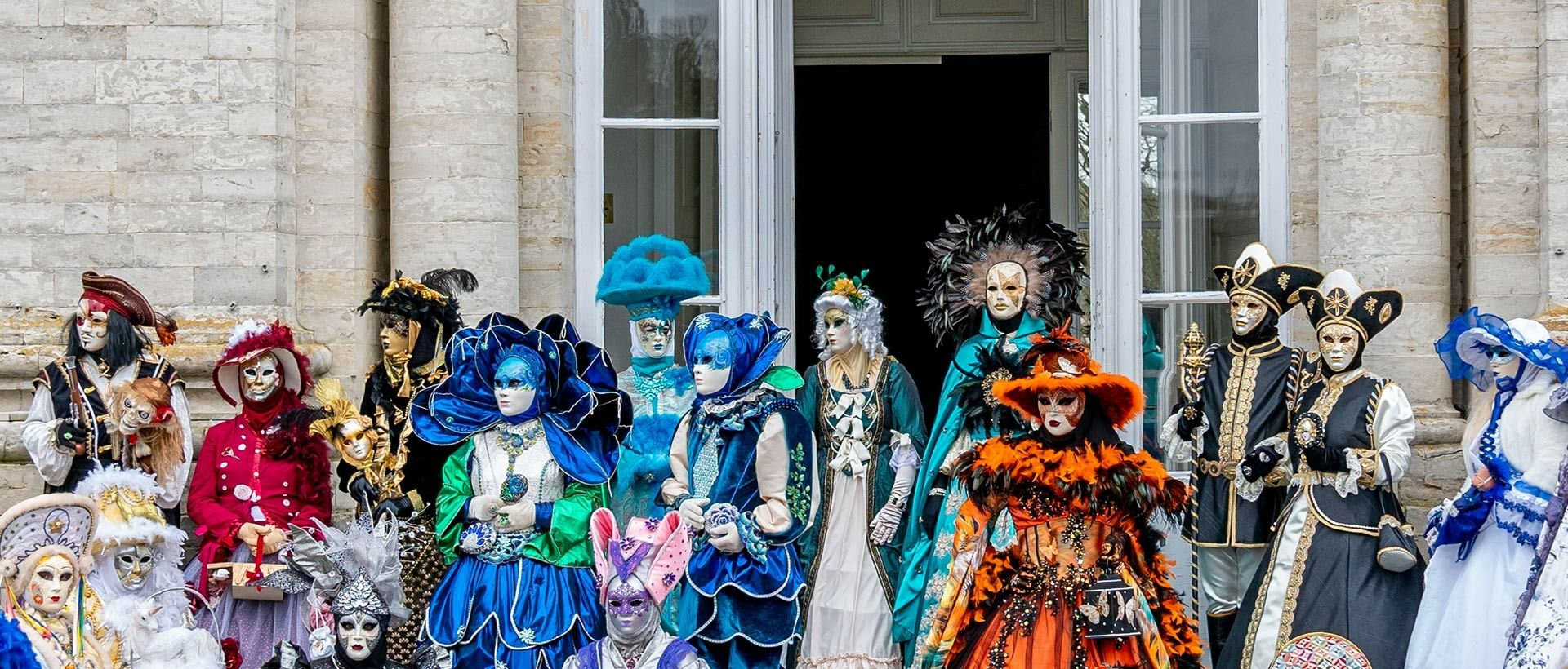 Camping Venetian Parade and carnival masks in Rochefort