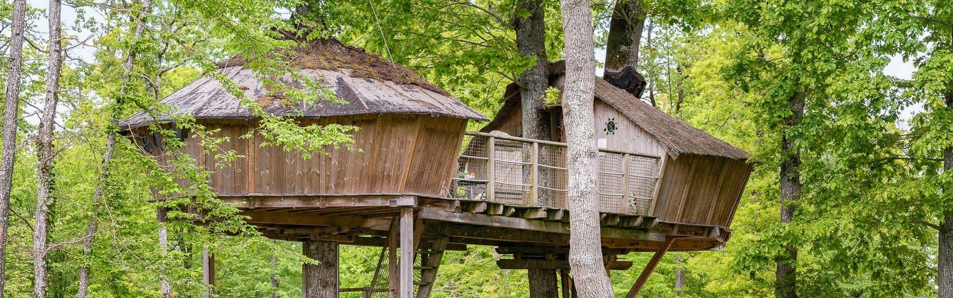 Camping Baumhäuser