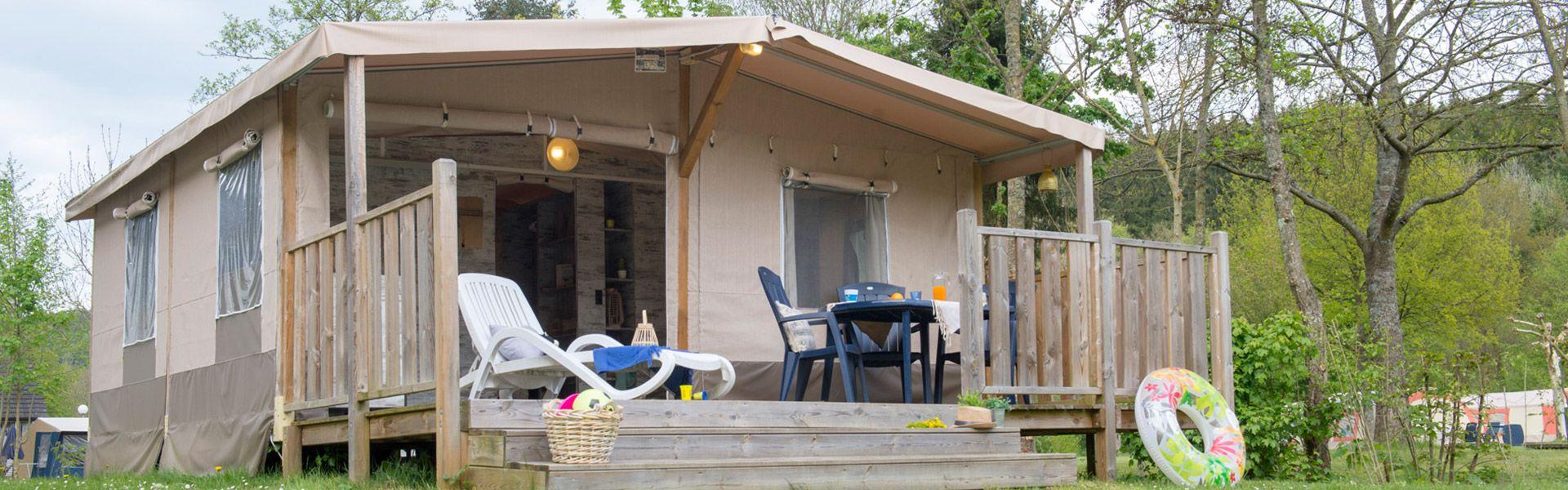 Camping Tentes meublées