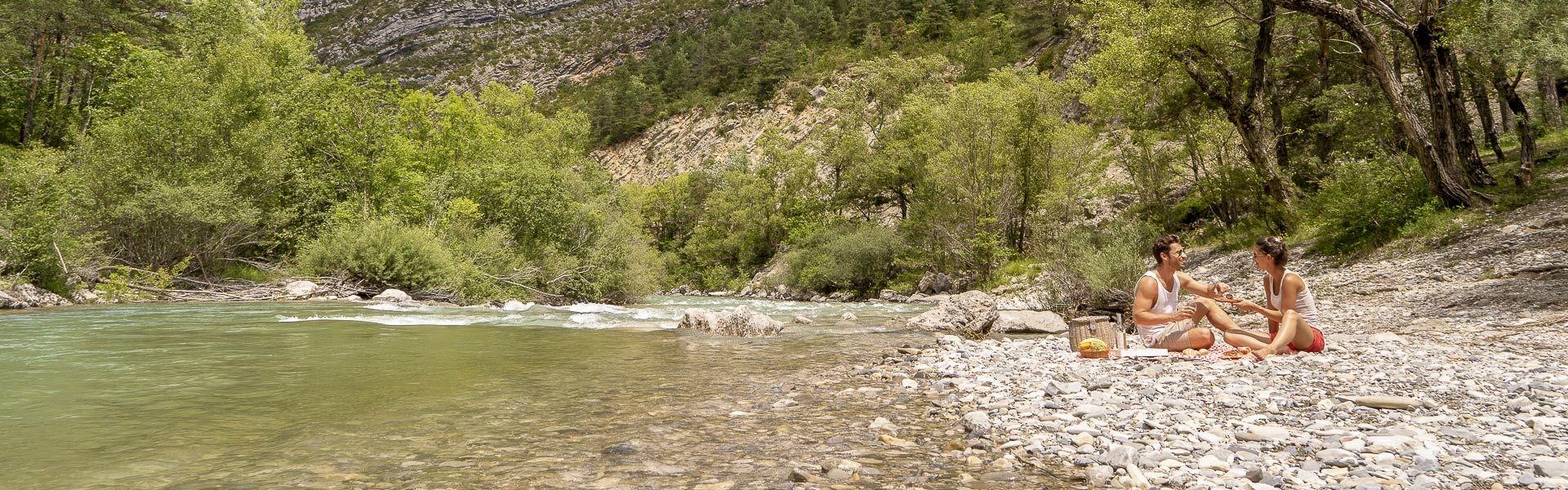 Camping bij de rivier